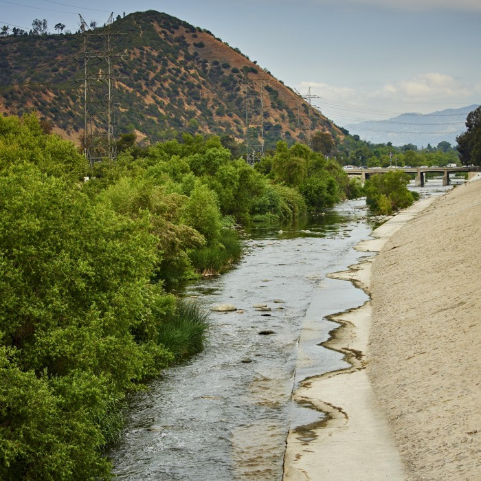Los Angeles River with mountains in the background
