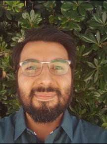 Daniel Caballero Headshot